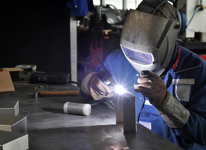 welding operator industry